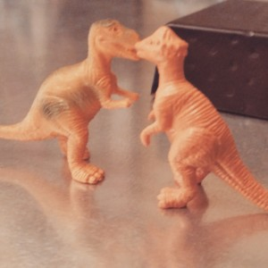 picture of toy dinosaurs kissing