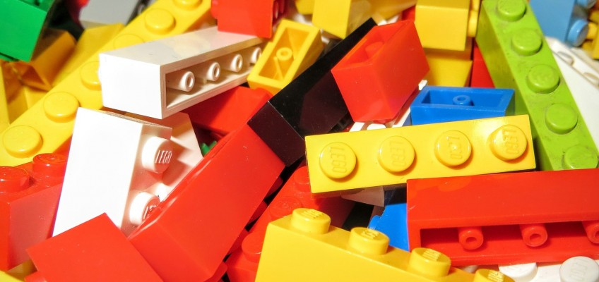 Benefits of Making with LEGOs for Those With Autism