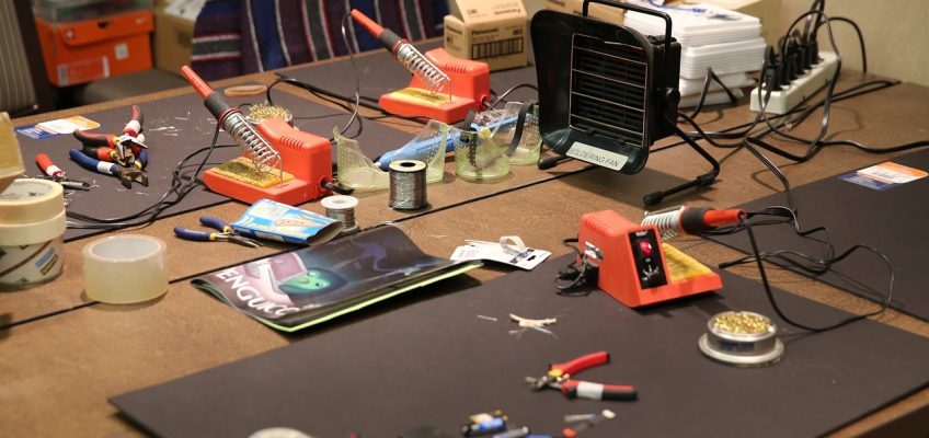 New TechShop model: licensing vs. standalone makerspaces